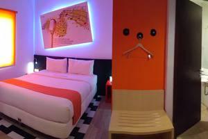Front One Inn Semarang Semarang - Deluxe