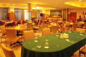Losari Metro Hotel Makassar - Resto