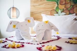 MaxOneHotels at Ubud Bali - h.moon room