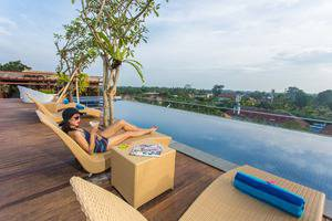 MaxOneHotels at Ubud Bali - pool