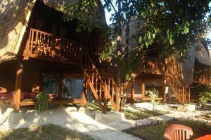 Lotus Garden Huts Bali - Pemandangan