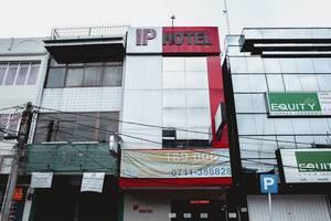 RedDoorz Plus near Palembang Indah Mall