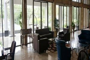 Hotel Ratu Mayang Garden Pekanbaru - Lobi