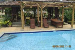 Taman Teratai Hotel Bogor - Kolam Renang