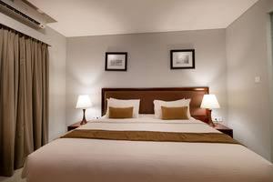 Kutabex Hotel Bali - Kamar Superior - King size bed