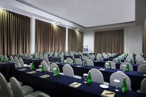 Best Western Plus Kemayoran Hotel Jakarta - 8