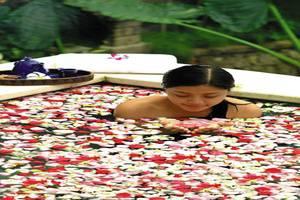 Kori Ubud Resort Spa & Restaurant Bali - Mandi bunga