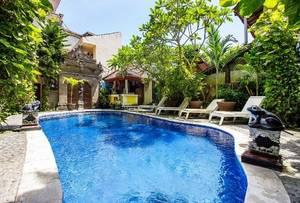 SKY Hotel Sanjaya