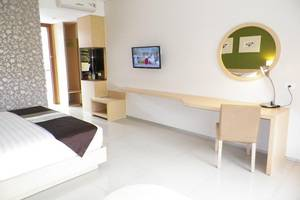 Tibera Hotel Taman Cibeunying Bandung - Kamar tamu