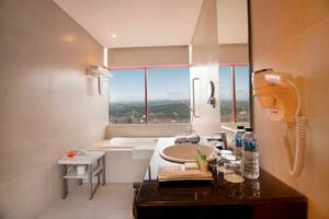 PRIME PARK Hotel Bandung - Executive Bathroom