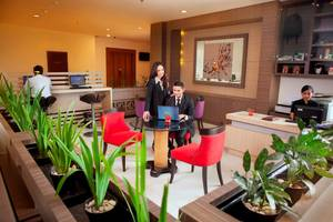 PRIME PARK Hotel Bandung - Business Center