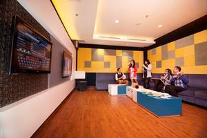 PRIME PARK Hotel Bandung - Damina Karaoke