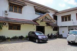Hotel Nugraha Malang Malang - Area parkir belakang