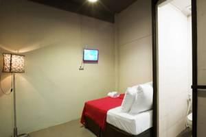 Maven Gunung Sahari Jakarta - Deluxe Room