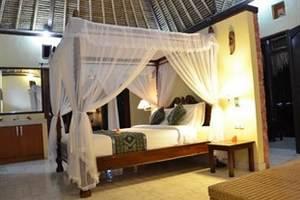 Tamarind Beach Bungalow Bali - Deluxe Fan Room 2