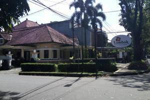 Lombok Ethnic Hotel Bandung Bandung - Tampilan Luar Hotel