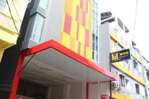 Miko Hotel Makassar - Tampilan Luar Hotel