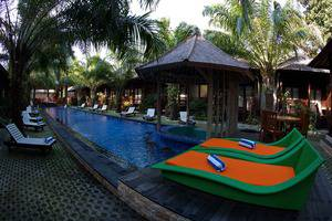Coconut Resort Lombok - Swimming Pool