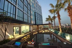 Brits Hotel Karawang - Kolam Renang