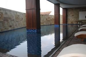 Hotel Safin Pati Pati - Kolam Renang