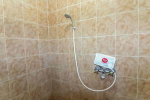 NIDA Rooms 9 Kraton Tugu Railway Station Gamping - Kamar mandi