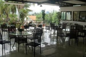 Hotel 3 Intan Cilacap - restaurant