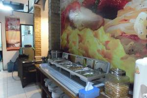 Hotel 3 Intan Cilacap - Sarapan pagi dengan Prasmanan