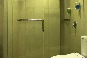 Grand Hotel Sampit - Kamar mandi