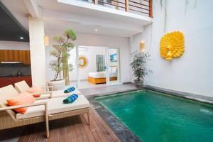 Apple Villa Suite Spa Seminyak