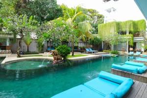 Aquarius Star Hotel Kuta - pool