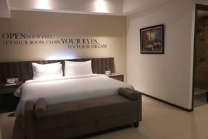Kyriad Hotel Metro Cipulir Jakarta - Business_Executive Suite Bedroom
