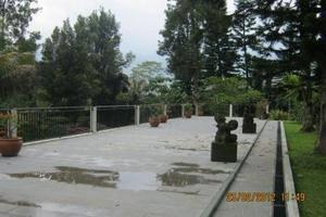 Puri Anandita Bogor - Balkon Kolam Renang
