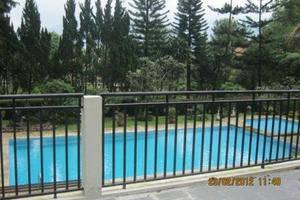 Puri Anandita Bogor - Kolam Renang suite kamar