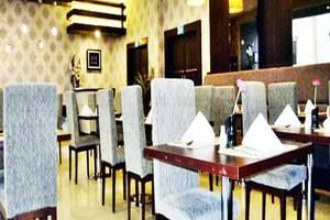 Zenith Hotel Kendari - Ruang Makan