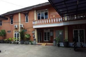 Guest House Mekar Kenanga Samarinda Samarinda - Eksterior