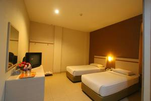 Lovina Inn Penuin Batam - Twin Bed
