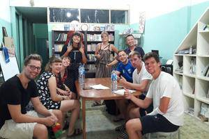 Dazhong Backpackers Hostel Medan - Tamu