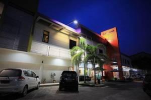 Sabrina Paninsula Hotel Pekanbaru - interior