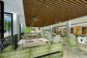MaxOneSuites at Kuta Tuban - Ruang makan