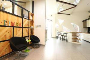 MM Capsule Hostel Medan -