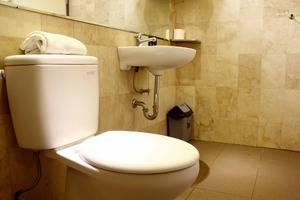 RedDoorz @Jatinangor Bandung - Kamar mandi