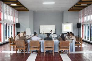 Lingga Guest House Jayagiri Lembang Bandung - Ruang Rapat