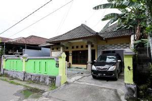 Morotai Camp Hostel Bali - Eksterior/Bangunan Penginapan