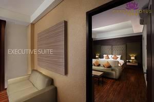 Crystal Lotus Hotel Yogyakarta - Executive Suite