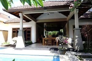 Gracia Bali Villas & Apartment
