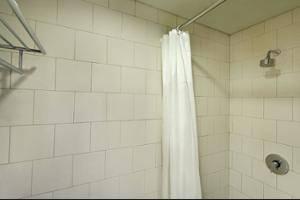 ibis budget Menteng Jakarta - Bathroom
