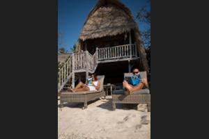 Hai Tide Beach Resort Bali - Sundeck