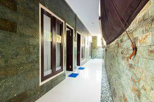 Kubu Andrey Rooms and Villas Seminyak - interior
