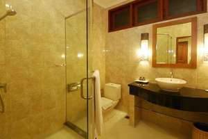 Yulia Beach Inn Bali - Kamar mandi