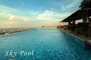 STAR Hotel Semarang - Kolam Renang